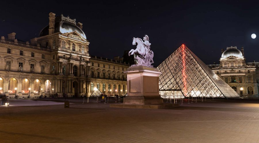 Le Louvre by Visual Diffusion